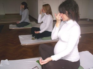 yoga-for-pregnant-woman